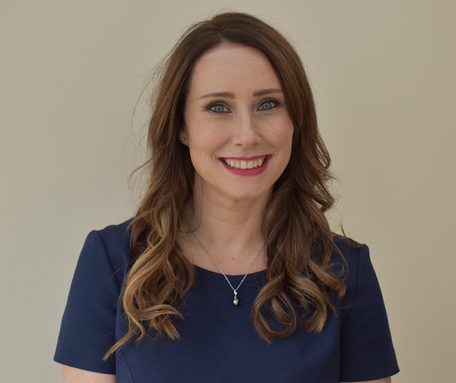 Dr Rachel Holt